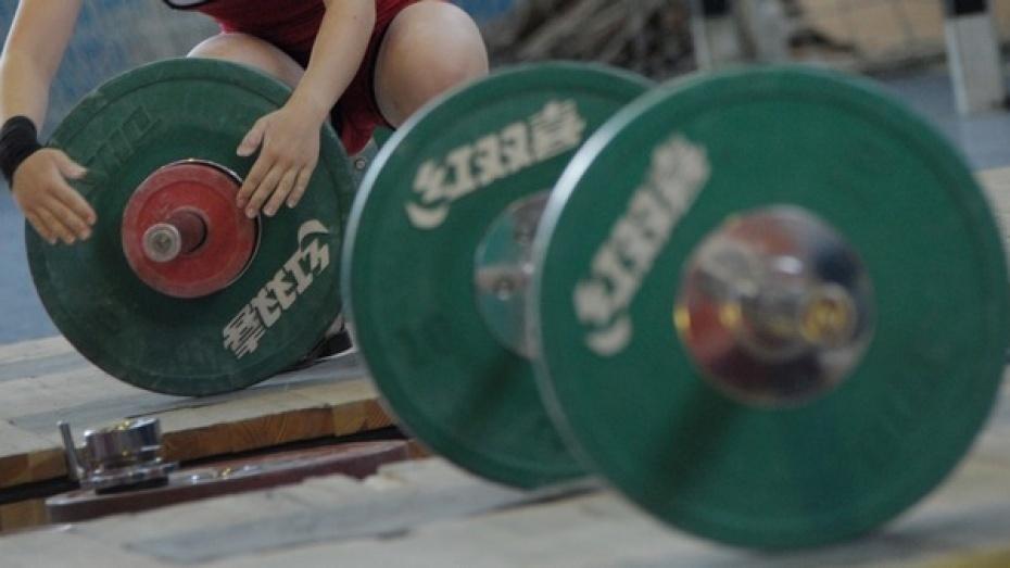 Россошанка Анастасия Петрова завоевала бронзу напервенстве Европы потяжелой атлетике