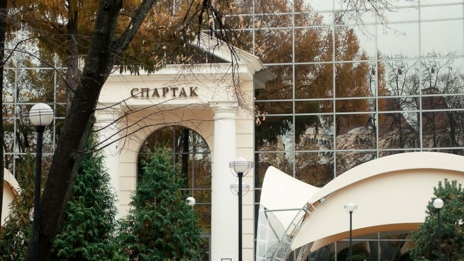 Воронежцы увидят два спектакля английских театров на большом экране