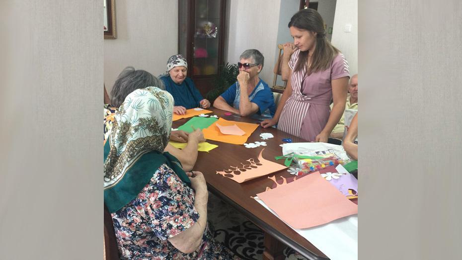 В Грибановском районе проживающих в пансионате для престарелых научат новым видам рукоделия