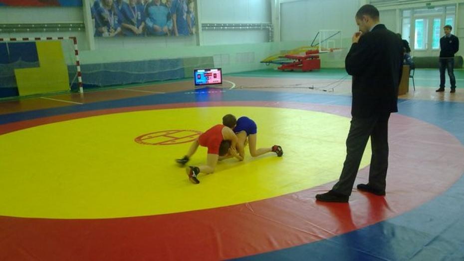 В Новохоперске впервые прошел открытый  турнир по греко-римской борьбе