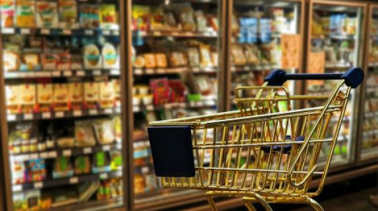 Жительнице Воронежа стало плохо после того, как ее удерживали в супермаркете