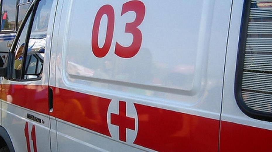 36-летнего жителя Павловска до полусмерти избил приятель, заподозрив его в краже денег