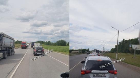 Пробка в 20 км образовалась на М-4 «Дон» возле Лосево Воронежской области