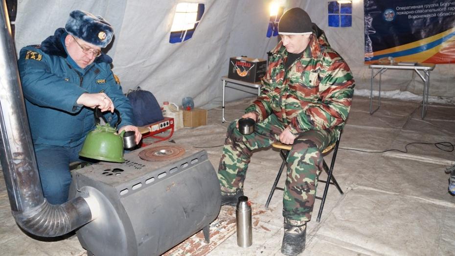Натрассах Вологодской области cотрудники экстренных служб развернули пункты обогрева
