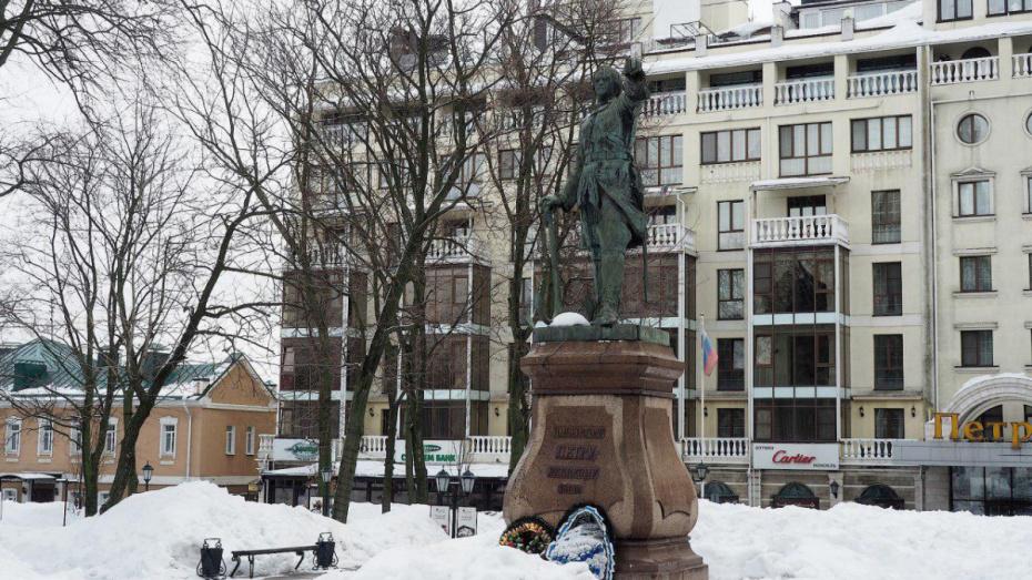 Александр Гусев призвал петербуржцев не обижаться из-за победы воронежского аэропорта
