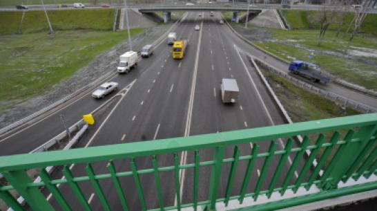 Воронежским автомобилистам продлили абонементы на проезд по платным участкам М-4