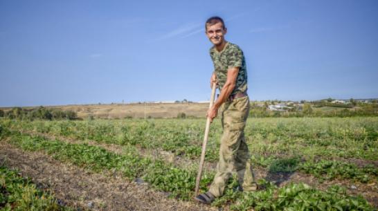 Лискинский фермер получил грант «Агростартап» в размере 4 млн рублей
