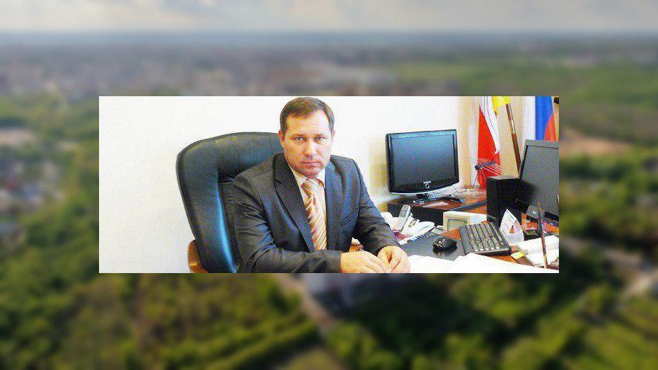 В Воронежской области глава администрации Репьевского района подал в отставку