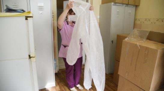 В больнице под Воронежем COVID-19 обнаружили у 10 медиков и 20 пациентов