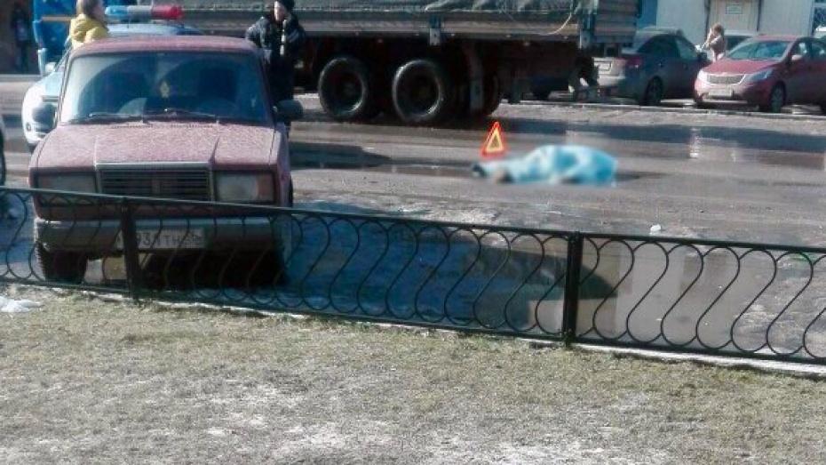 Воронежцы пришли вужас отувиденного наулице Машиностроителей мертвого пешехода