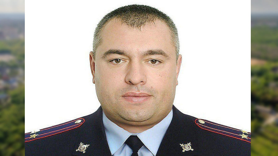 Начальник ОМВД под Воронежем заставил директора фирмы заплатить за установку ворот