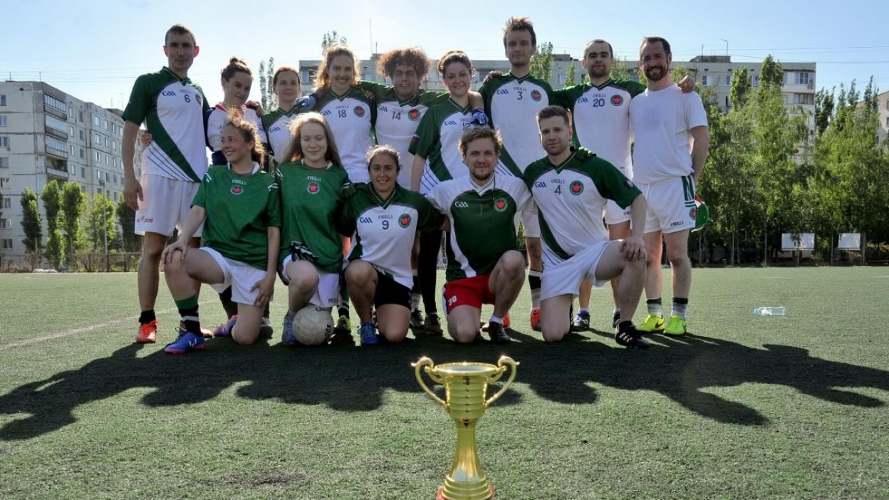 «Больше чем спорт». Ирландцы обучили воронежцев гаэльскому футболу