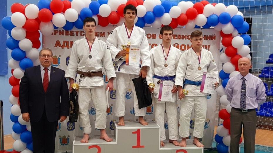 Поворинский дзюдоист взял «золото» международного турнира