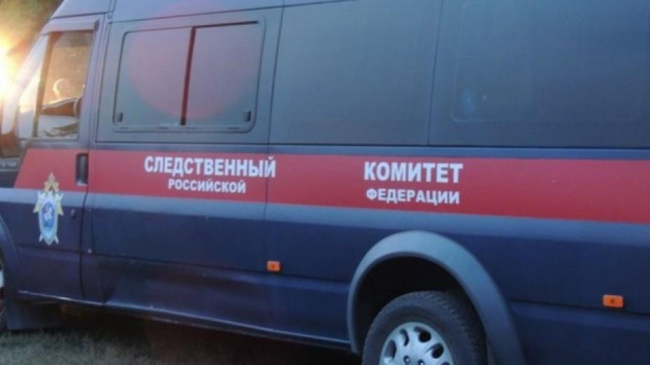 Под Воронежем пьяный 59-летний мужчина зарубил топором спутника знакомой