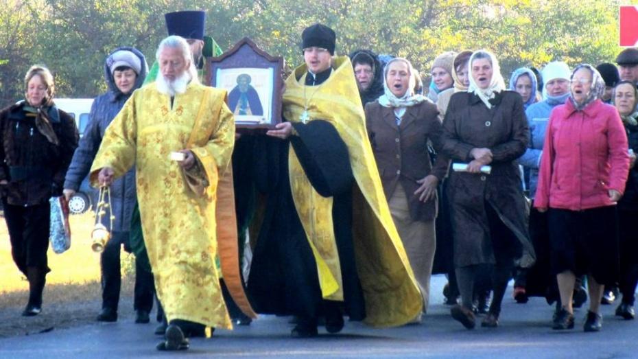 В павловское село привезли икону из Свято-Троицкой Сергиевой лавры