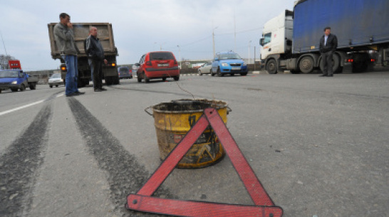 В Воронежской области большегруз выехал на «встречку»: 1 погибший
