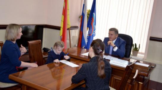 Воронежский сенатор Сергей Лукин провел личный прием граждан
