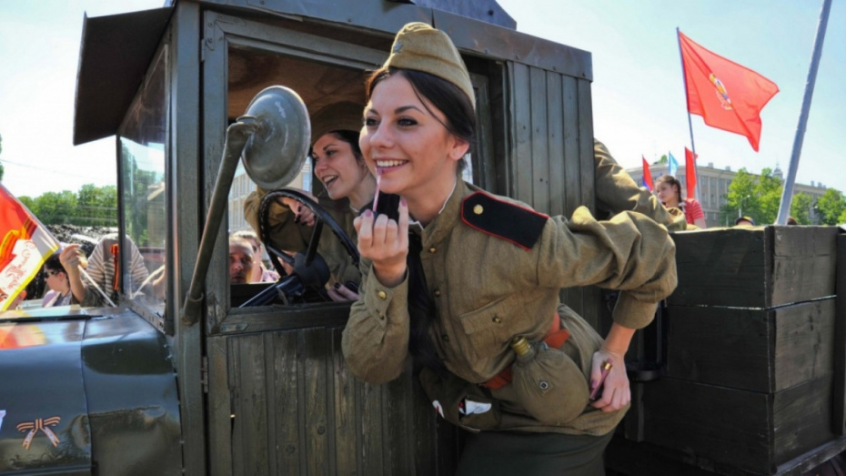 Музей Крамского попросил воронежцев поделиться фотографиями прошедших войну родственниц