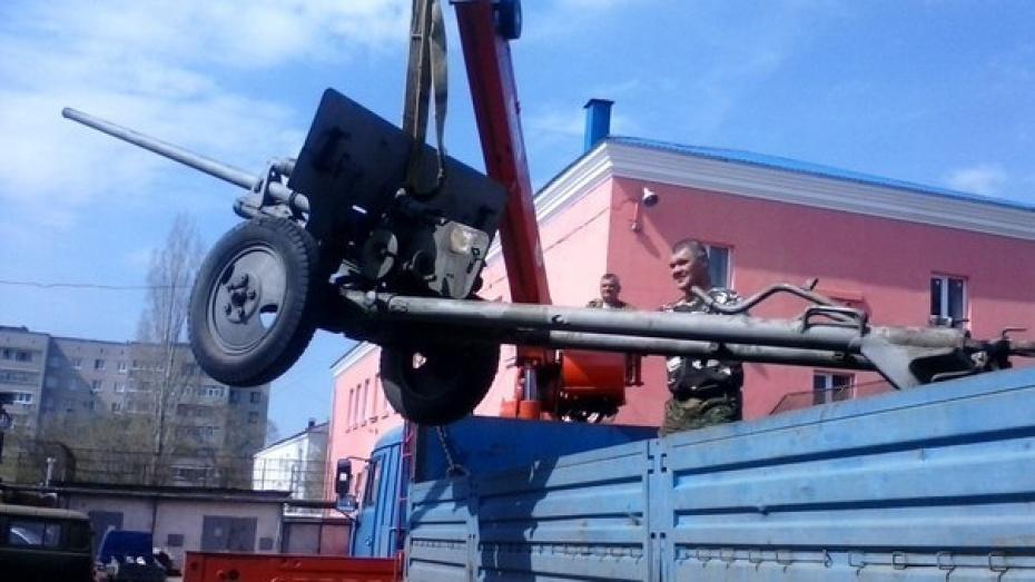 Реконструкторы прибыли в Нововоронеж для воссоздания мая 45-го