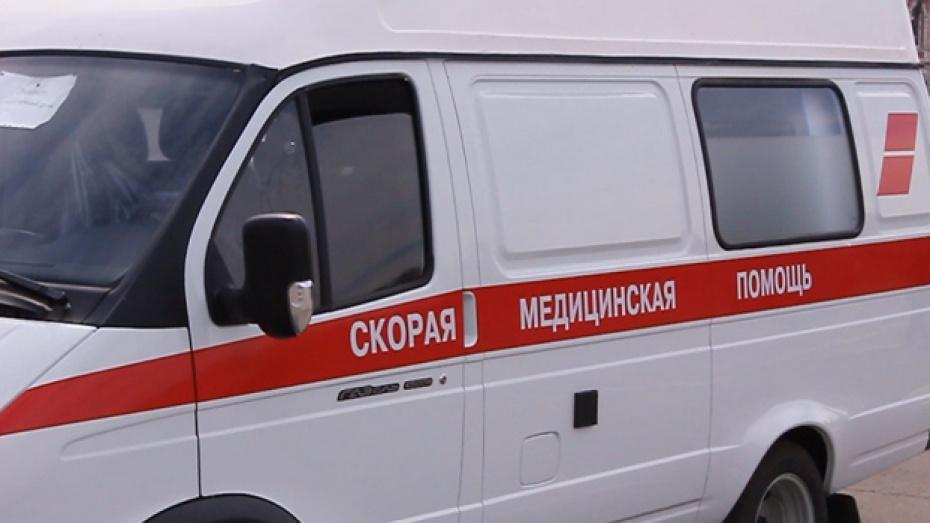 В Богучарском районе автомобиль Toyota Corolla насмерть сбил 66-летнюю женщину-пешехода