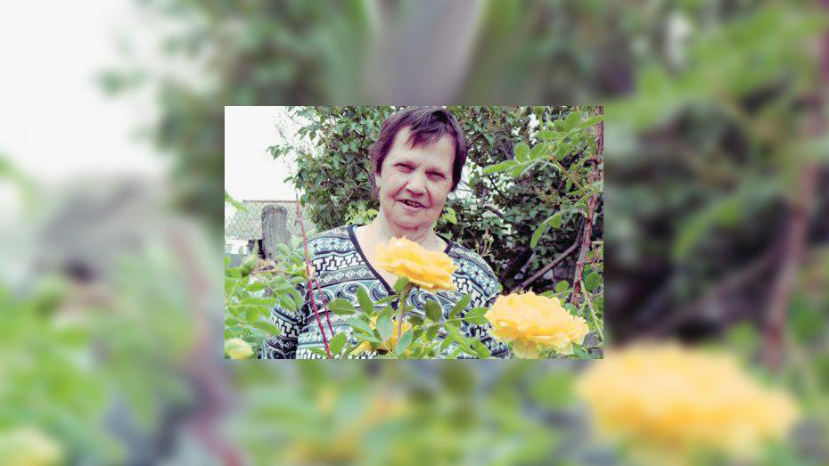 Жительница Павловска выпустила книгу «Воспоминания останутся»