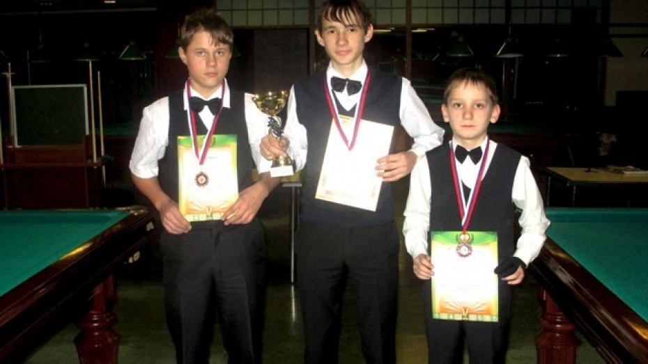 Бутурлиновские бильярдисты завоевали на областных соревнованиях три медали