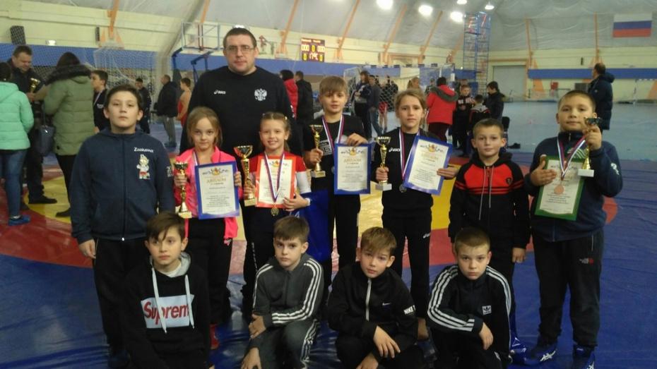 Эртильская спортсменка завоевала «золото» межрегионального турнира по вольной борьбе