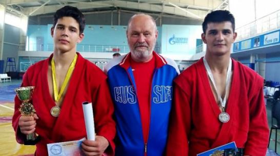 Поворинские спортсмены завоевали «золото» и «серебро» межрегионального турнира по самбо