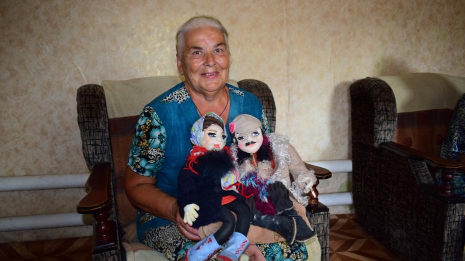Возвращение в детство. Мастерица из Воронежской области создает похожие на людей куклы