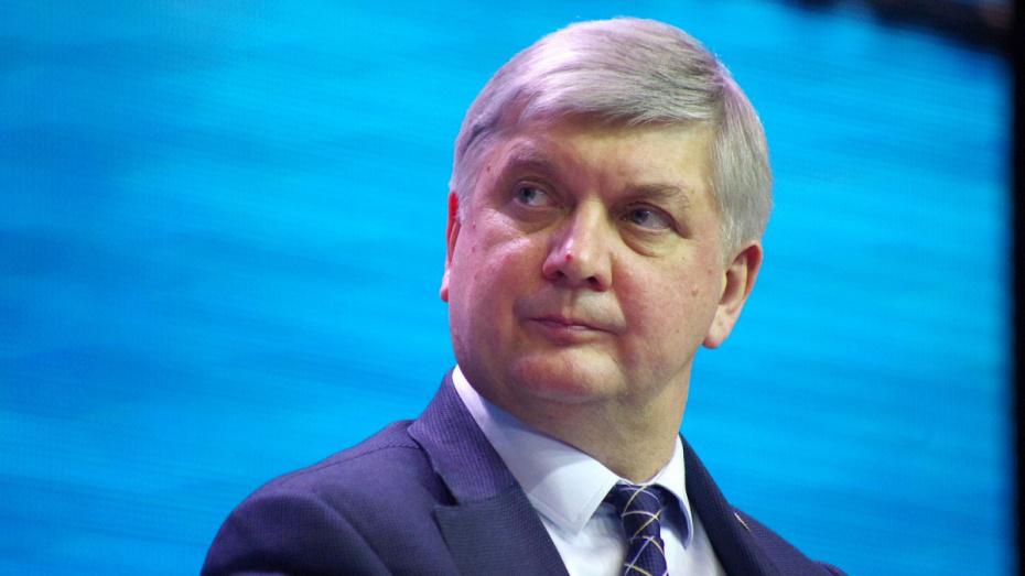 Губернатор Воронежской области заработал 4,7 млн рублей за 2018 год