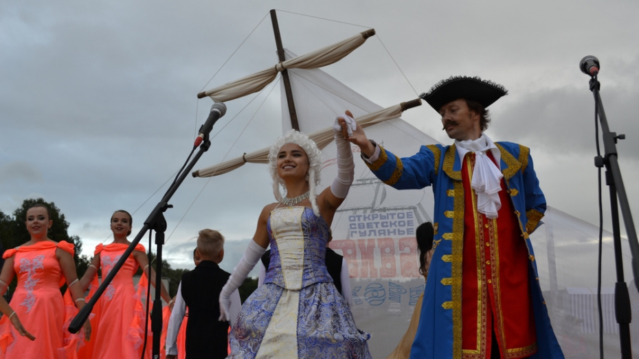 Лискинцев пригласили на светское гулянье «Виват, Икорец!»