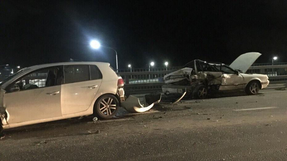 ВВоронеже встолкновении 2-х иномарок пострадали 5 человек