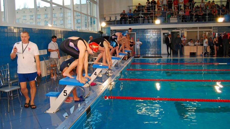 Бобровские пловцы выиграли 5 медалей на областном турнире