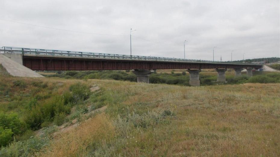 Дорожники решили расторгнуть контракт на капремонт моста в Воронежской области
