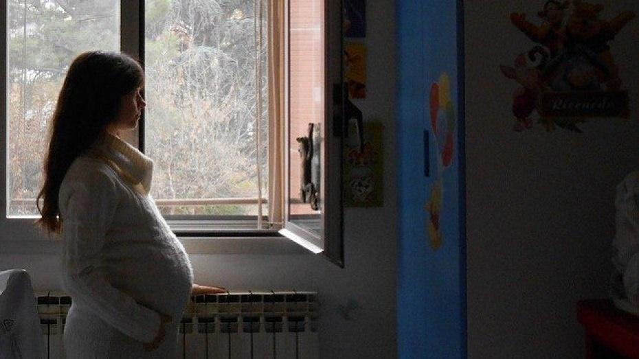 ВВоронежской области будут судить молодого человека, откоторого забеременела 15-летняя школьница