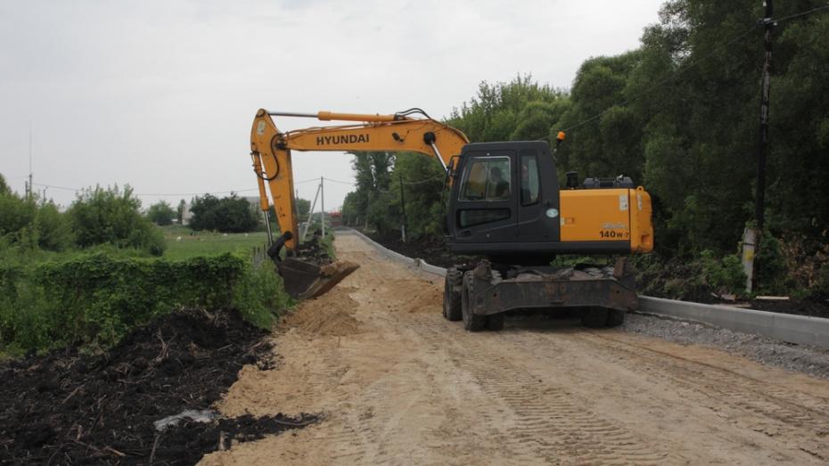 В Бобровском районе на ремонт дорог потратят 90 млн рублей