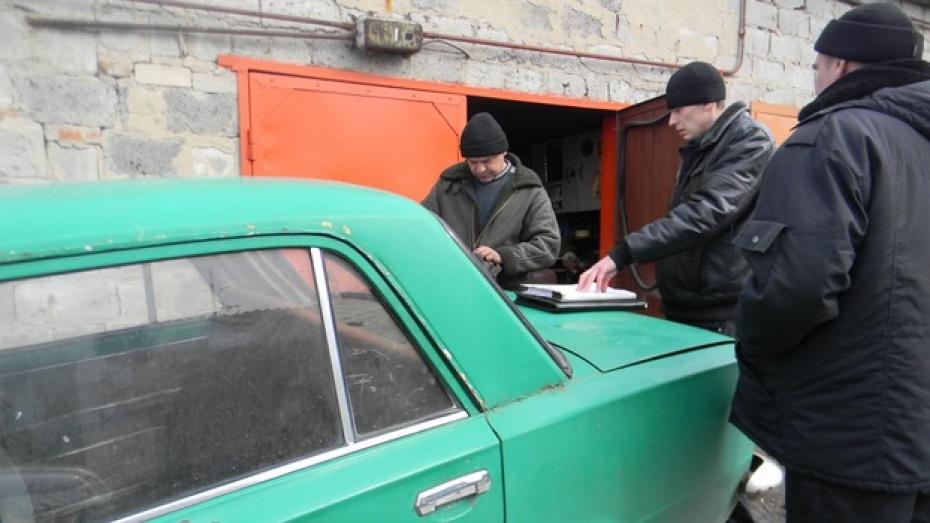 Подгоренские приставы за неуплату штрафов забрали у автолюбителя последнюю «копейку»