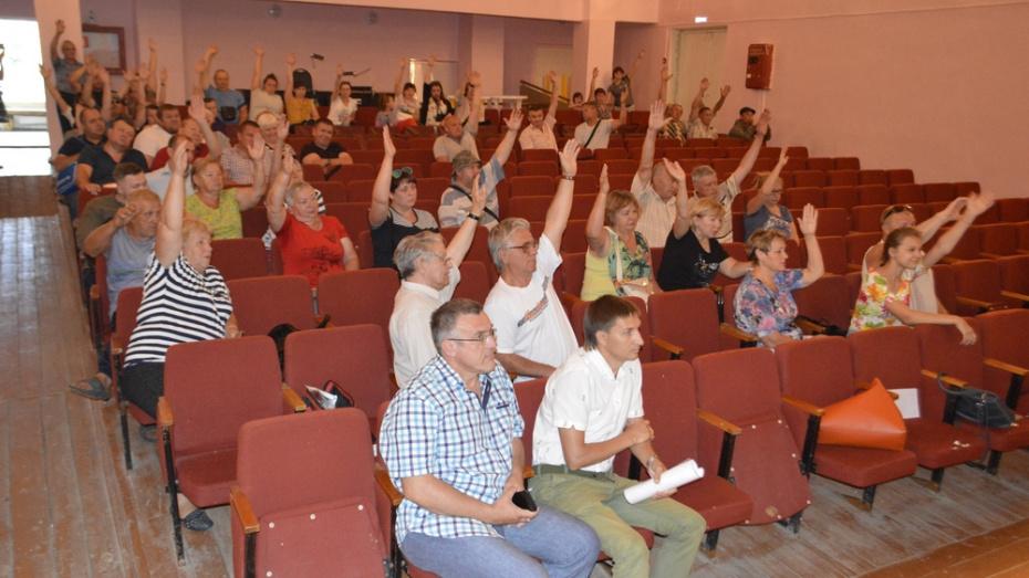 Жители новоусманского села Бабяково проголосовали против застройки берега реки Усманки