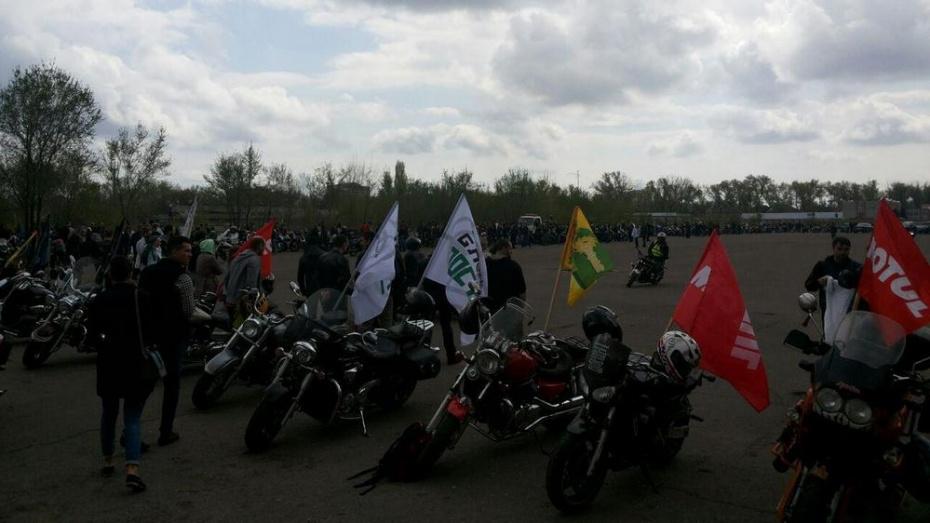 В Воронеже открытие мотосезона-2015 собрало около тысячи человек