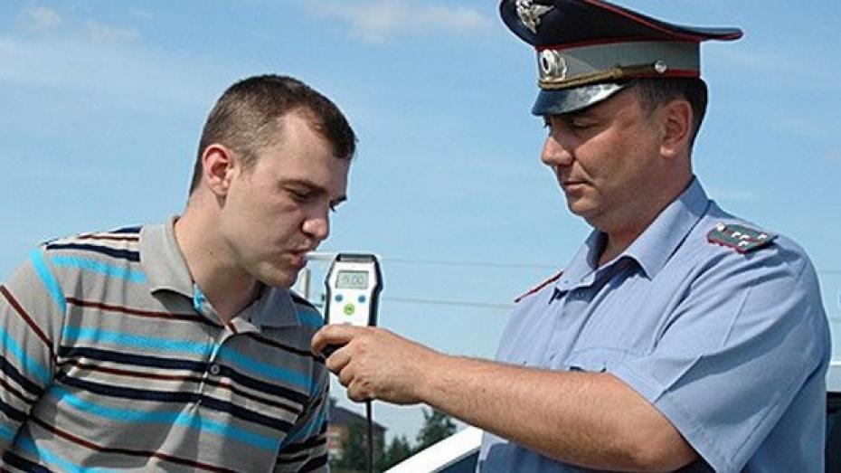 В Верхнехавском районе стартовали массовые проверки водителей на трезвость