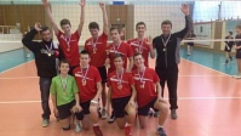 Павловские волейболисты победили на межрегиональном турнире в Обнинске