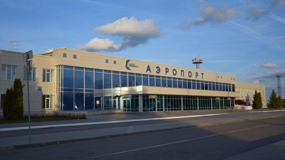 «Ютэйр» задержал вылет из Москвы в Воронеж и обратно на 4 часа