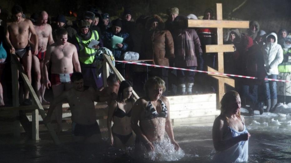 На крещенские купания и богослужения пьяных не пустили