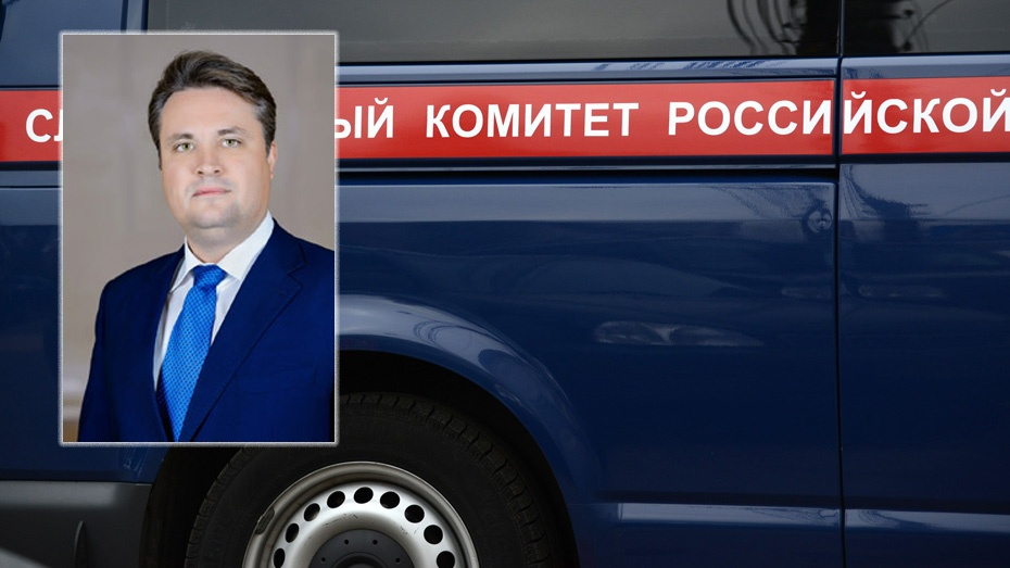 Воронежский СК: На руководителя департамента ЖКХ напали у дома в служебном автомобиле