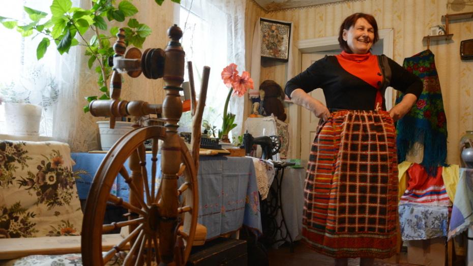 Жительница Острогожского района в своем доме создала музей старины