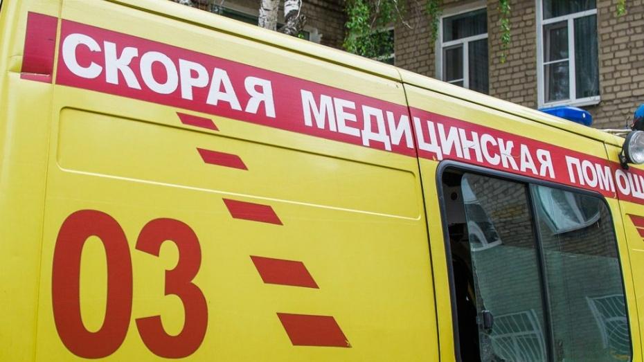 Воронежца ударили ножом во дворе многоэтажки