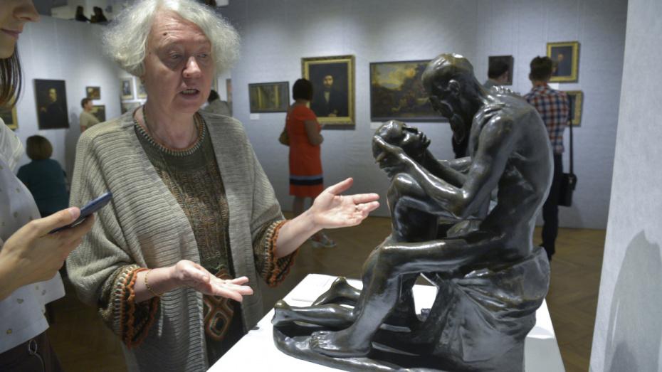 В Воронеже открылась выставка редких произведений к 100-летию ВГУ