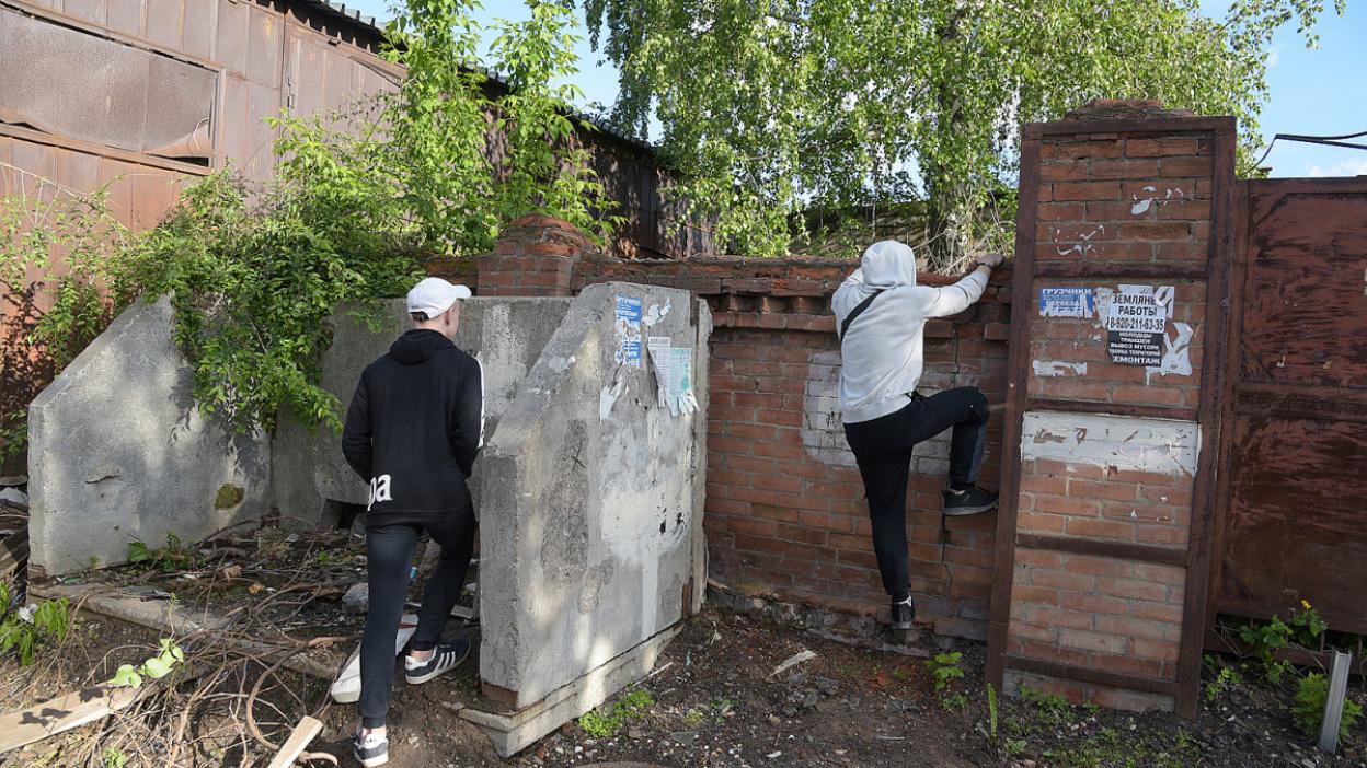 Трудный ребенок. Воронежский школьник попал в СИЗО после избиения мужчины