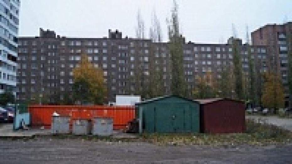 Глава Воронежской области отчитал городские власти за мусор