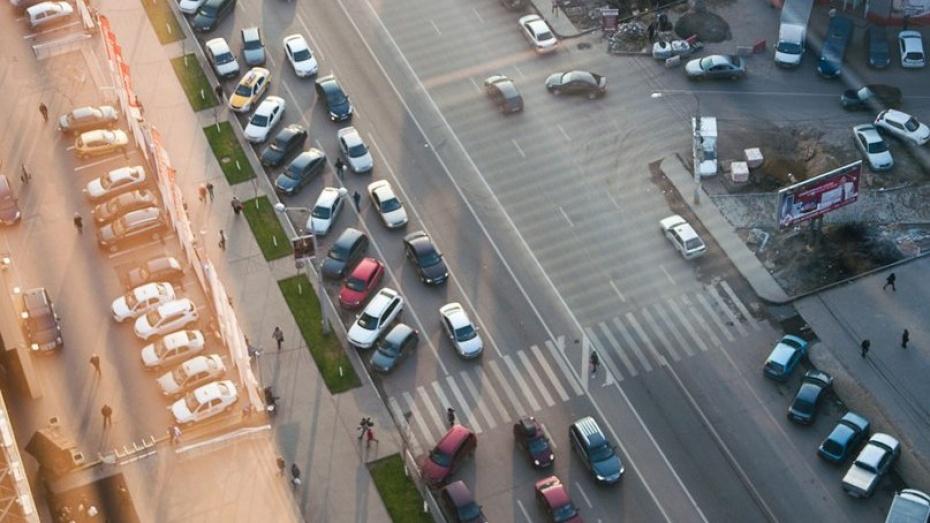 Воронеж показал увеличение автопарка на четверть за 5 лет